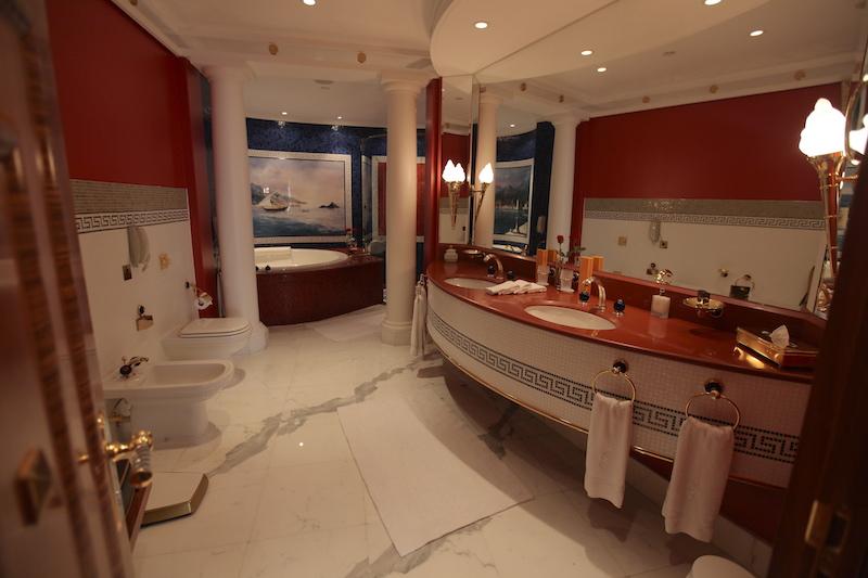 Banheiro do segundo andar do nosso quarto