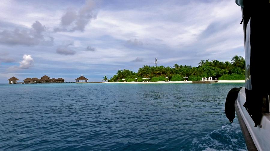 Vista do nosso hotel quando chegamos de Spead Boat