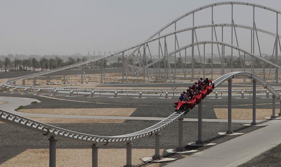 A montanha russa mais rápida do mundo, a Formula Rossa