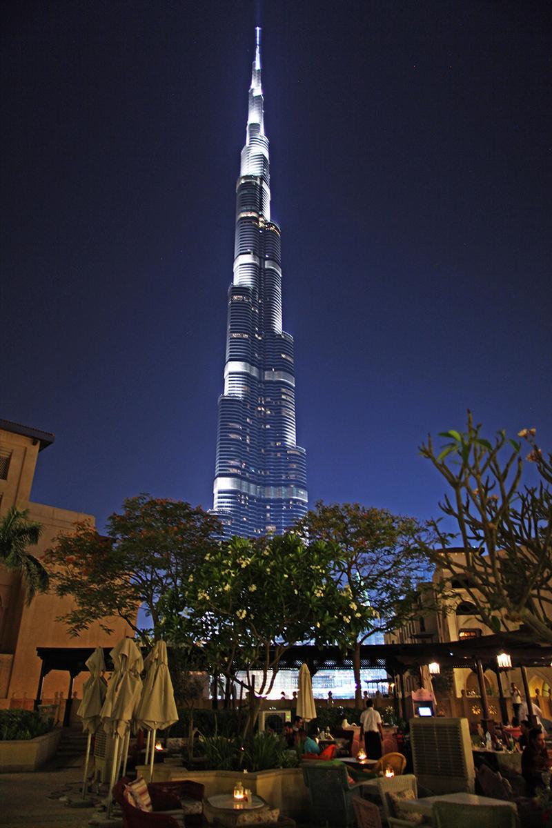 burj-khalifa-a-noite