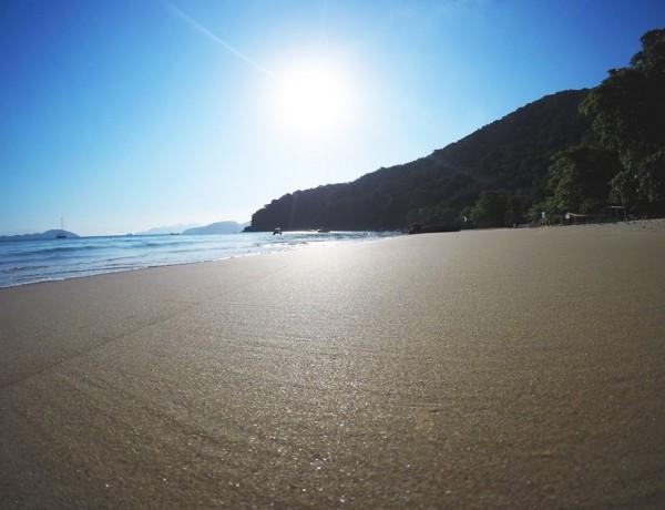 Trilha nas praias de Sete Fontes e Flamengo em Ubatuba
