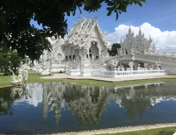 White Temple – O Templo Budista mais diferente da Ásia